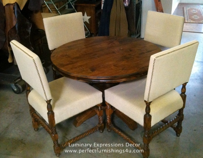 Round Pedestal Table With Rope Twist Upholstered Chairs